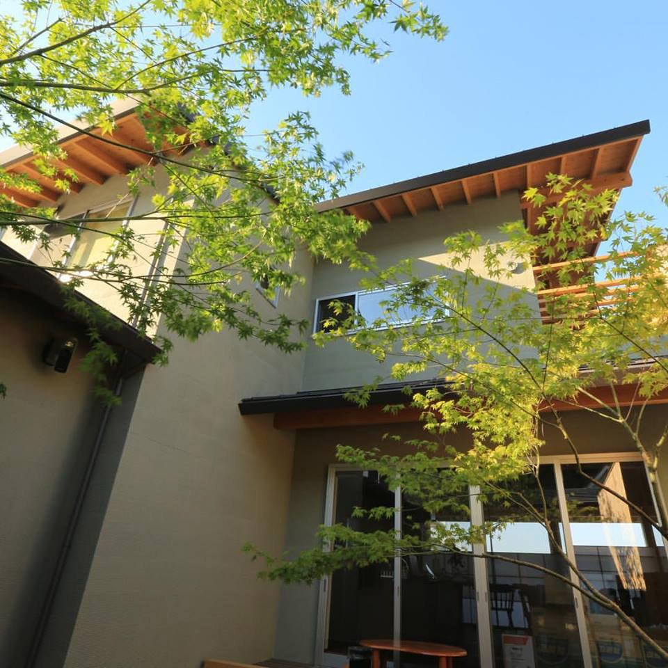 淡路島の家Ⅴ中庭1