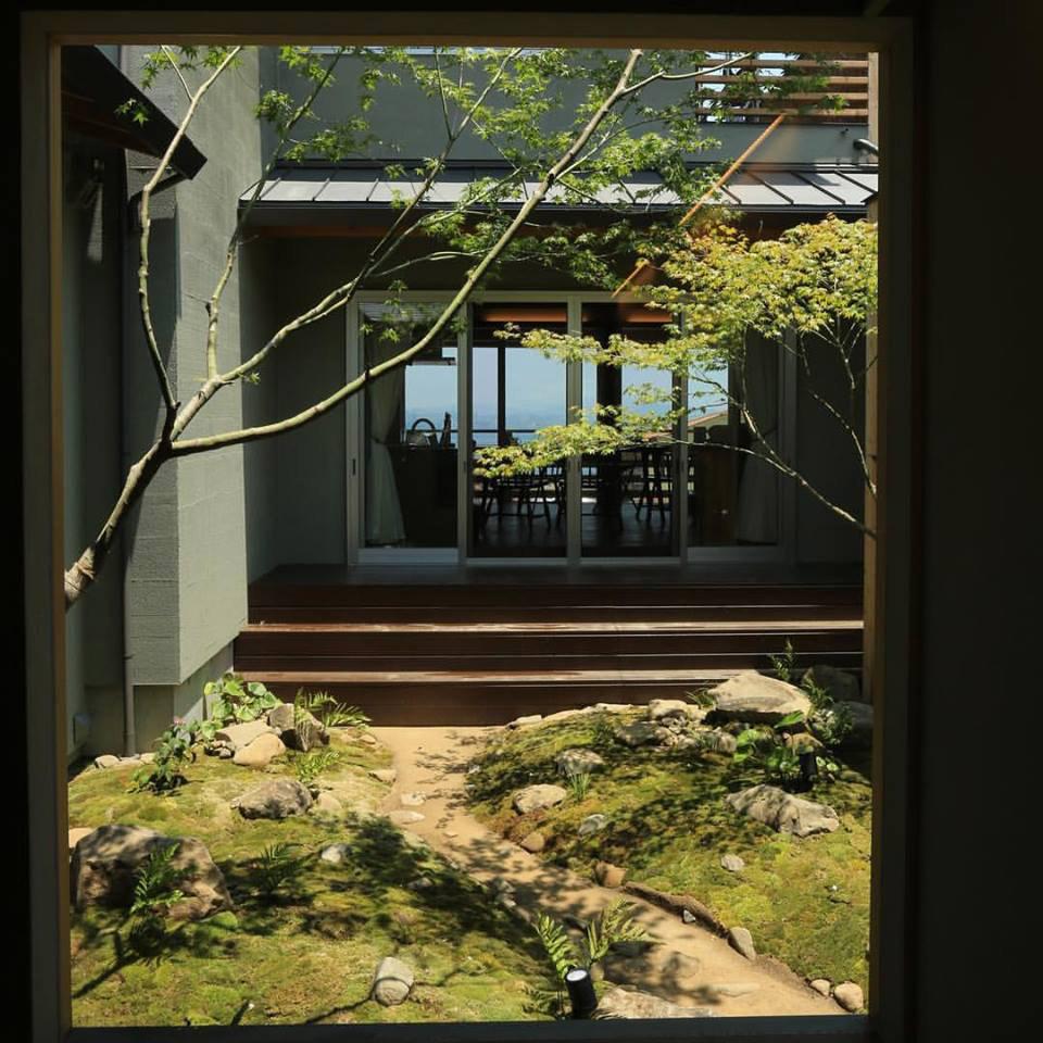 淡路島の家Ⅴ中庭2